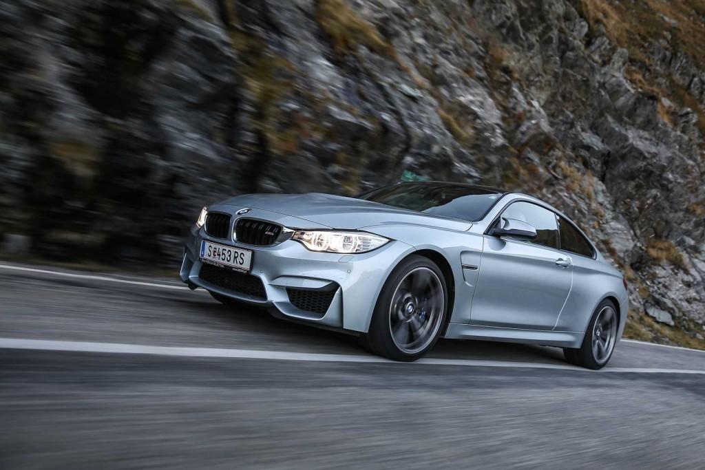 BMW M4 exterior 5
