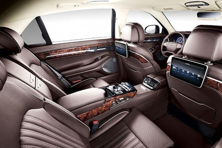 Genesis-G90-Genesis-EQ900-rear-seat-unveiled-1024x683