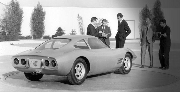 Opel_Concept_Car_GT_Experimental_01_vision_992x425_254303_mrm