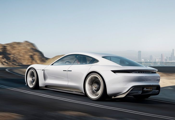 Porsche-Mission_E_Concept_2015_1600x1200_wallpaper_03