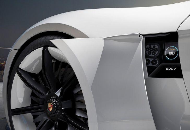 Porsche-Mission_E_Concept_2015_1600x1200_wallpaper_09