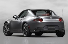 VIDEO: Mazda MX-5 RF ne oferă o demonstrație elegantă de striptease