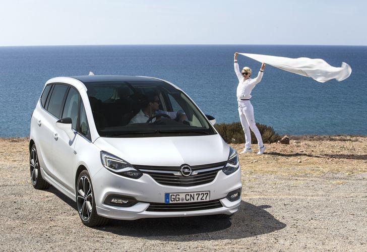 Opel-Zafira-300722 OPEN