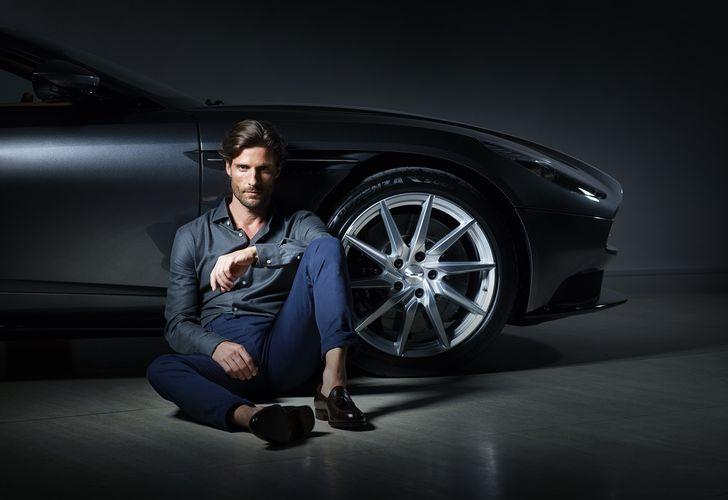 Aston Martin by Hackett – Colecția de haine bărbătești inspirată de modelul Aston Martin DB11