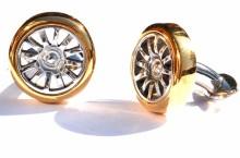 TMB Art Metal a creat butoni de cămașă din janta unui Bugatti Veyron