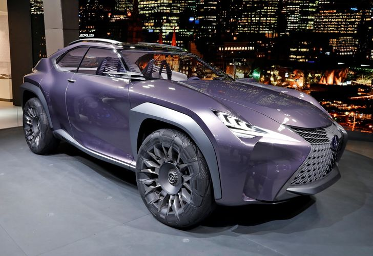 Goodyear Lexus Paris 2016