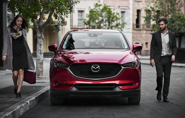 Noua Mazda CX-5 a debutat la salonul auto din Los Angeles