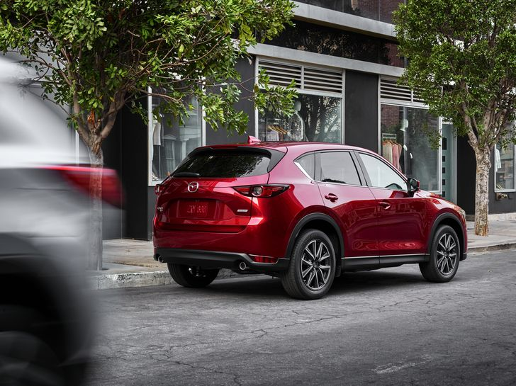 3-all-new-cx-5-lifestyle_na-10