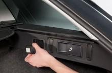 octavia-rear-seat-release