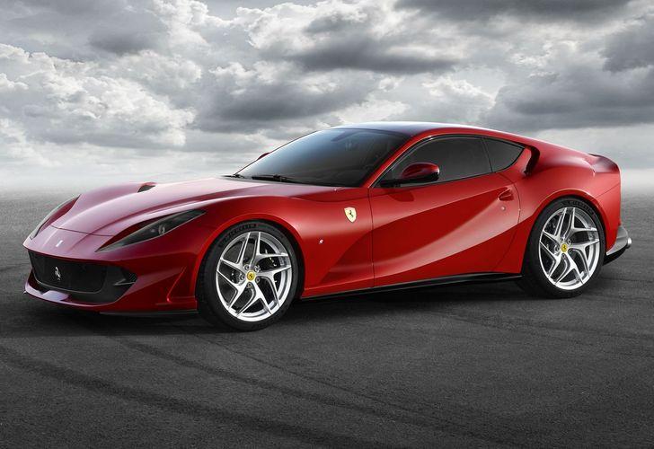 OPEN Ferrari 812 Superfast 1