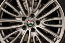 Alfa Romeo Giulia este în acest moment calul de bătaie al italienilor care intră galopând în segmentul sedanurilor premium