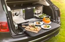Bentley creates luxurious seasonal picnic hamper for Linley Hamper by Mulliner 01