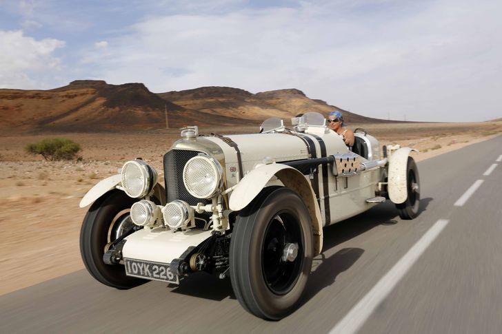 Țiriac Collection găzduiește în zilele de 12 și 13 mai 2017 mașinile din raliul Tour Amical