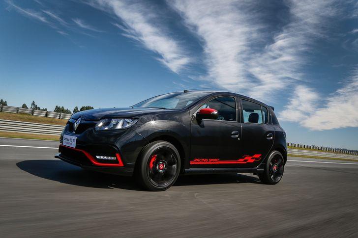 Renault_91028_global_en