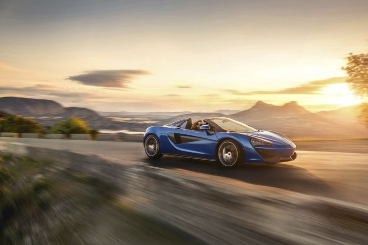 7851-140617+McLaren+570S+Spider-28b