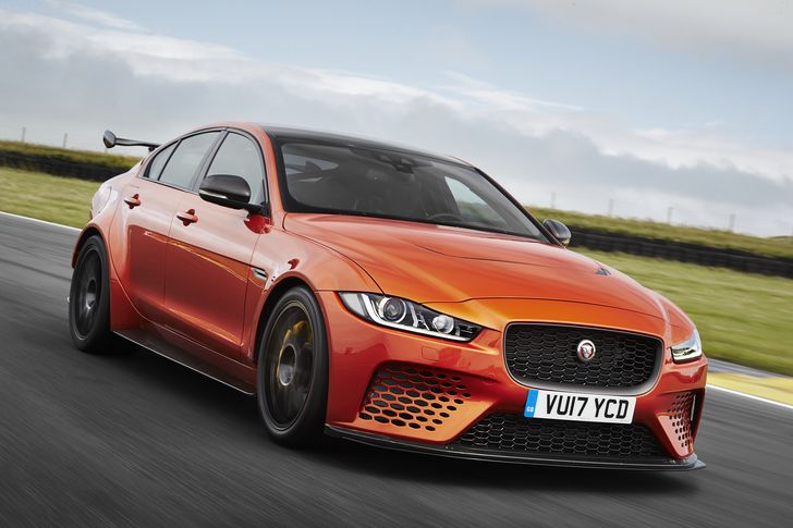 VIDEO: Jaguar XE SV Project 8 – Coșmarul lui BMW M4 GTS