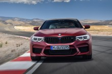 P90273023_highRes_the-bmw-m5-first-edi