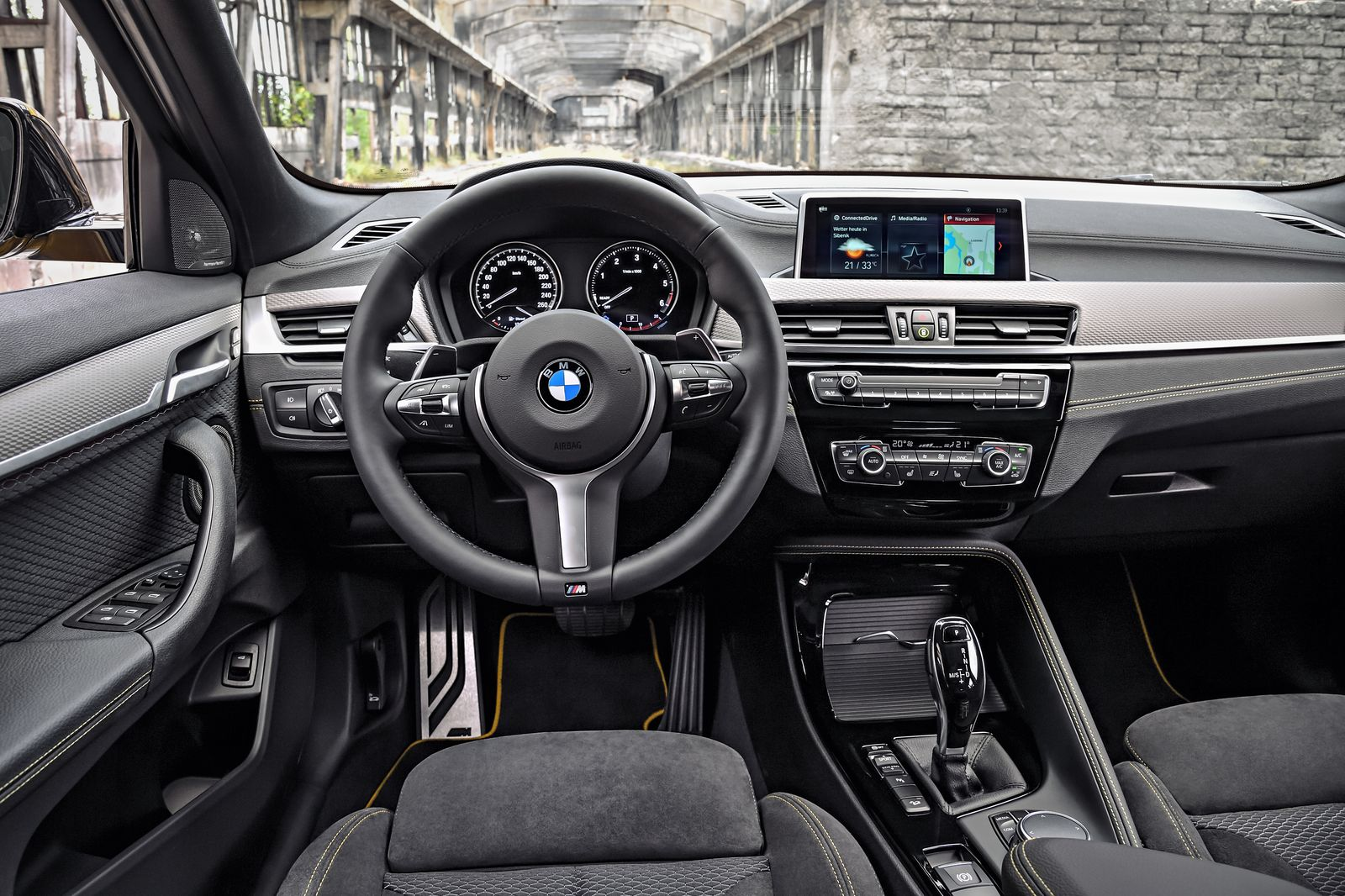 P90278960_highRes_the-brand-new-bmw-x2