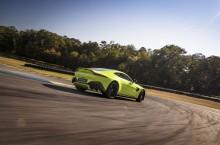 Aston Martin Vantage_Lime Essence_03