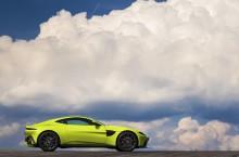 Aston Martin Vantage_Lime Essence_07