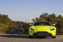 Aston Martin Vantage_Lime Essence_08