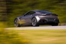 Aston Martin Vantage_Tungsten Silver_03
