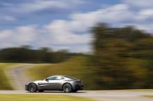Aston Martin Vantage_Tungsten Silver_05