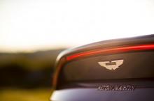 Aston Martin Vantage_Tungsten Silver_11