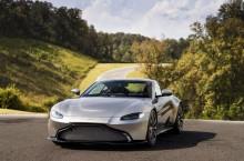 Aston Martin Vantage_Tungsten Silver_18