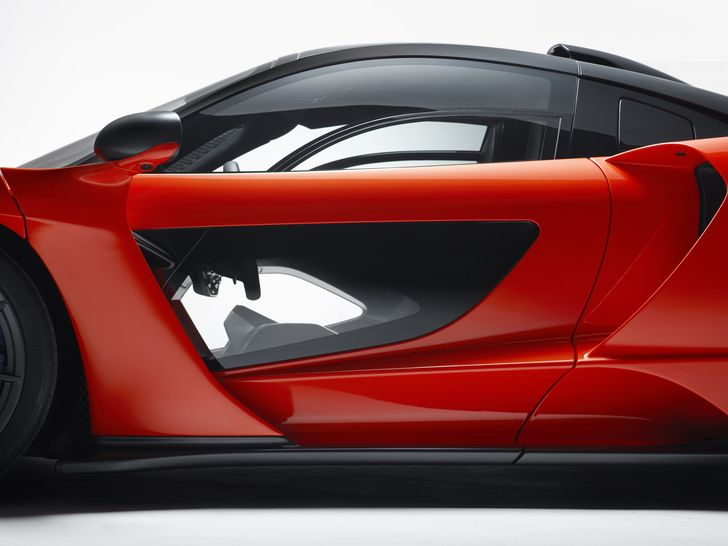 8637-McLaren+Senna+Door+detail