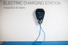 P90288526_highRes_bmw-i-charging-stati