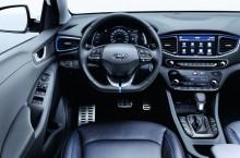 1600-IONIQ_Hybrid_Interior__1_