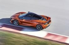7519-McLaren+720S-20-Action