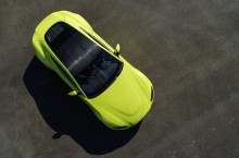 Aston Martin Vantage_Lime Essence_11
