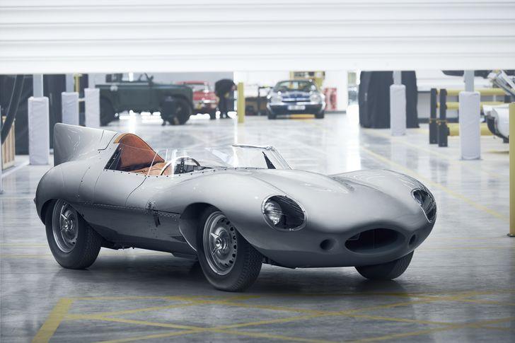 VIDEO: Jaguar D-type, reîncarnat în 25 de exemplare