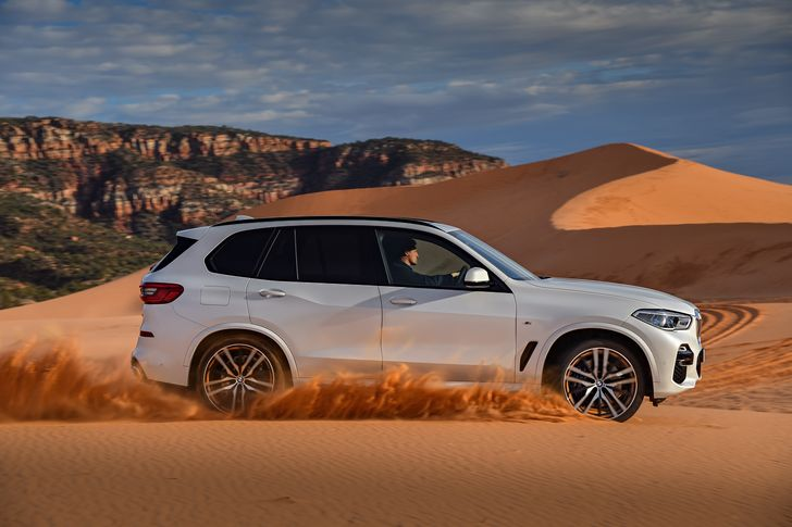P90303994_highRes_the-all-new-bmw-x5-0