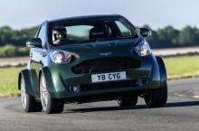 VIDEO: Aston Martin V8 Cygnet – Mica tornadă cu volan