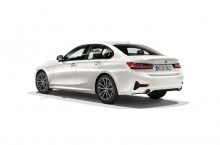 P90323741_highRes_the-all-new-bmw-3-se