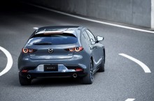 11_All-New-Mazda3_5HB_EXT_Polymetal-Gray-Metallic
