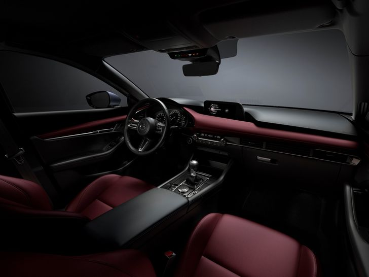 31_All-New-Mazda3_INT_COCKPIT_Burgundy
