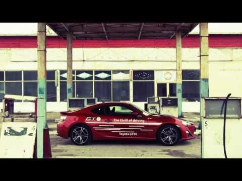 Test Video: Toyota GT86 si Renault Megane RS